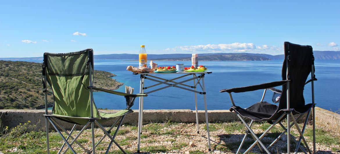 Camping in Croatia is one of most popular types of holiday and Croatian campsites range from small friendly camps to large camping resorts and holiday parks.