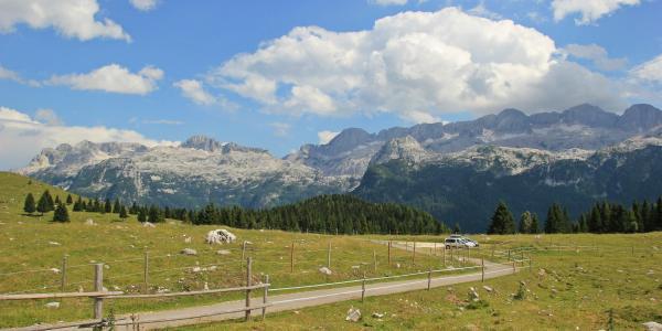 Altopiano del Montasio travel blog, italy road trip, marmots on montasio, rifuggo di brazza