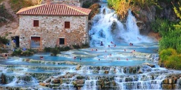 Hot pools Tuscany, Italy road trip